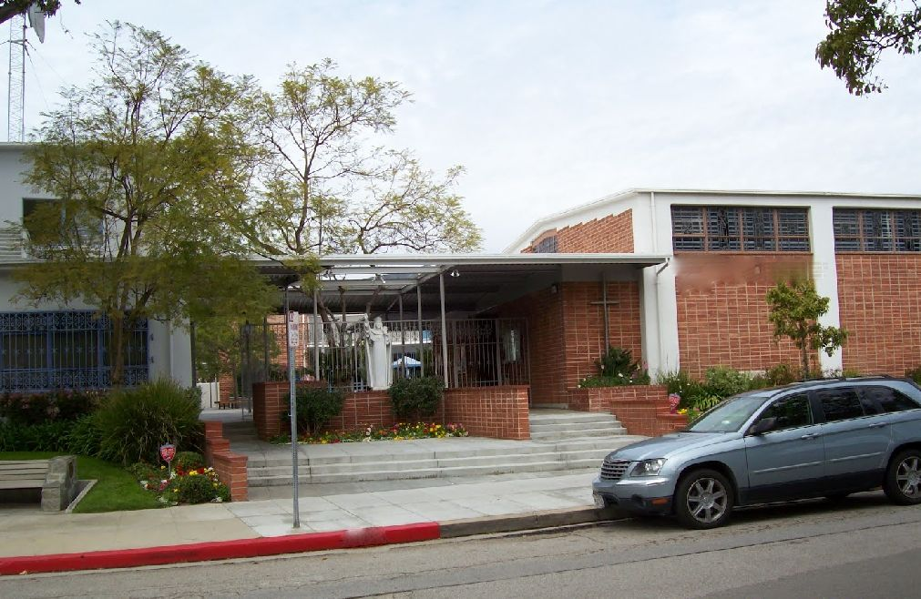 Catholic K-6, in the Palisades. Photo Credit: Alan Fogelquist