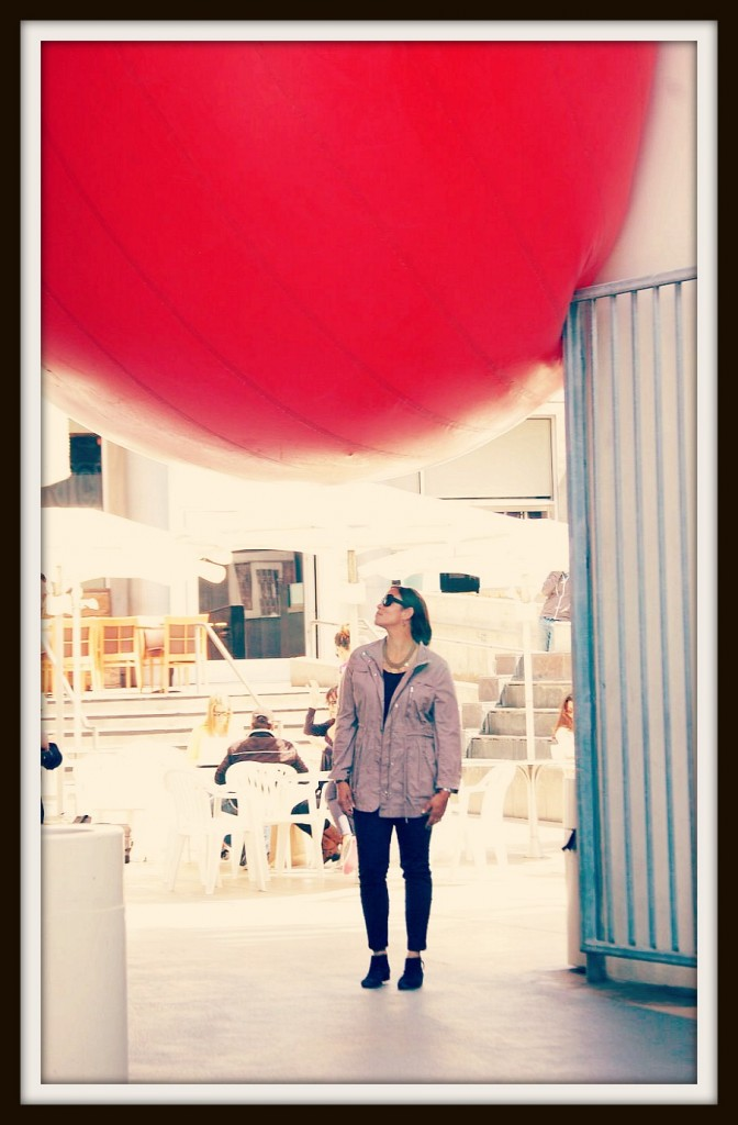 I'm admiring the RedBallProject in Santa Monica yesterday.