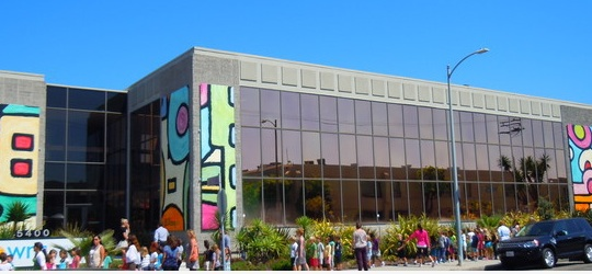 This K-8 located near Playa Vista is adorned with a mural by artist Edward Massey. Photo: David Carini