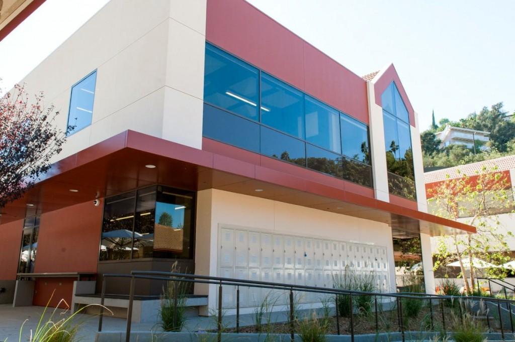 What's a school in LA where lots of celebrity kids attend ...